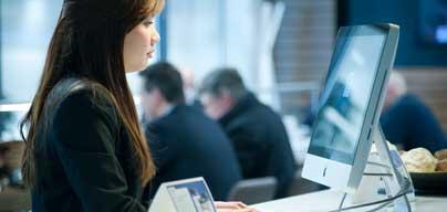予約済みのコワーキングスペースは、毎日あなたが専用に使えるデスクです