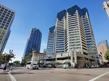 Building at 402 West Broadway, Emerald Plaza, Suite 400 in San Diego 1