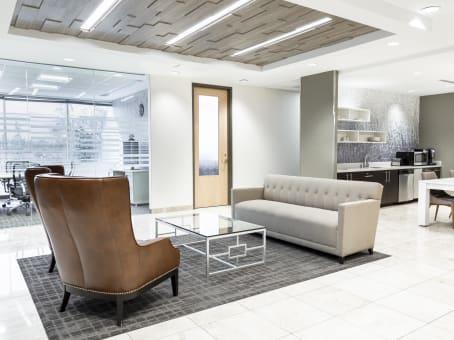 Building at 7251 West Lake Mead Boulevard, Summerlin, Suite 300 in Las Vegas 1