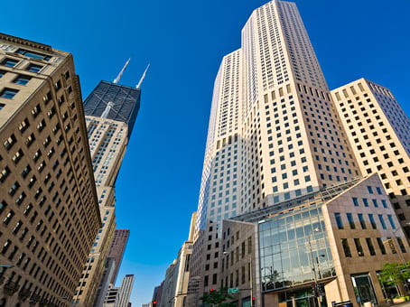 Prédio em One Magnificent Mile, 980 North Michigan Avenue Suite 1400 em Chicago 1