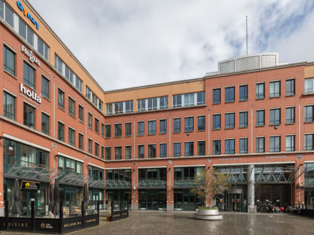Building at Stationsplein 91 & 105, 1st and 4th floor in Den Bosch 1