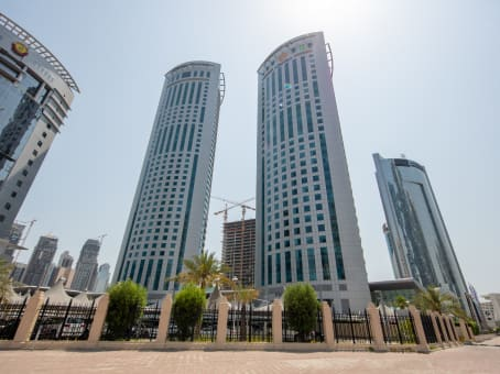 Building at Al Funduq 61, West Bay, Al Fardan Office Tower, 8th, 9th and 14th Floors in Doha 1