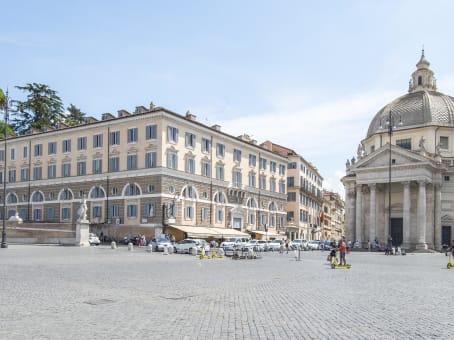 Gebäude in Palazzo Valadier, Piazza del Popolo, 18 in Rom 1