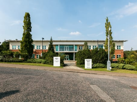 Building at 960 Capability Green in Luton 1