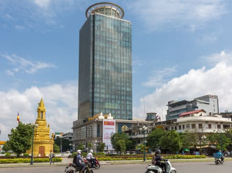 Gebäude in 18/F Canadia Bank Tower, No. 315, Ang Doung St, Corner Monivong Blve in Phnom Penh 1