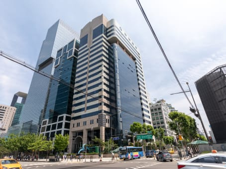 Building at 16/F., Gangnam Building, 396, Seocho-daero, Seocho-gu in Seoul 1