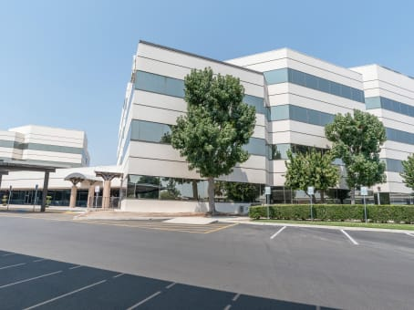 Building at 4900 California Avenue, West Park Community, Tower B, 2nd Floor in Bakersfield 1