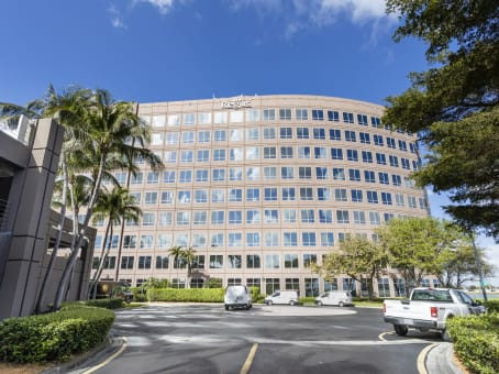 Building at 5201 Blue Lagoon Drive, Waterford Business Park, 8th and 9th Floor in Miami 1