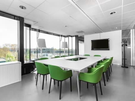 Building at De Cuserstraat 93, 1st, 2nd & 3rd floor in Amsterdam 1