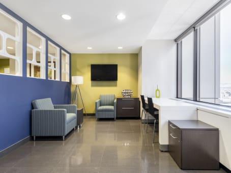 Building at 1600 Broadway, Suite 1600 in Denver 1