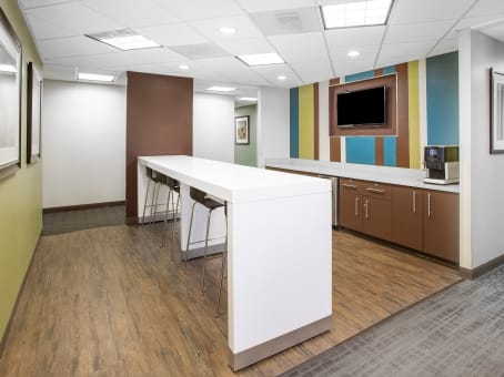Building at 221 N. Kansas Street, Suite 700 in El Paso 1