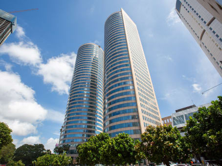 Building at Level 26 & 34, East Tower, World Trade Centre, Echelon Square in Colombo 1