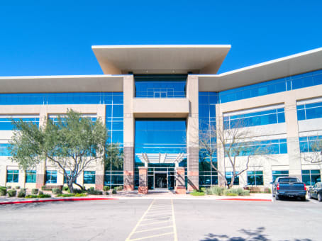 Building at 7047 East Greenway Parkway, Suite 250 in Scottsdale 1