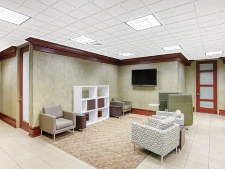 Building at 3348 Peachtree Road NE, Suite 700 in Atlanta 1