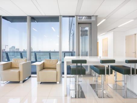 Building at Regus ADGM Square, Maryah Island, Al Maqam Tower, 34th & 35th Floor in Abu Dhabi 1