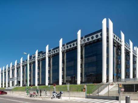 Mødelokalerne i Madrid, La Moraleja