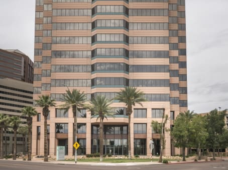 Building at 20 East Thomas Road, Century Link Tower, Suite 2200 in Phoenix 1