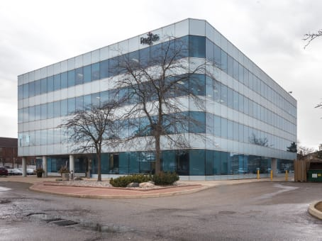 Building at 2 County Court Boulevard, Suite 400 in Brampton 1
