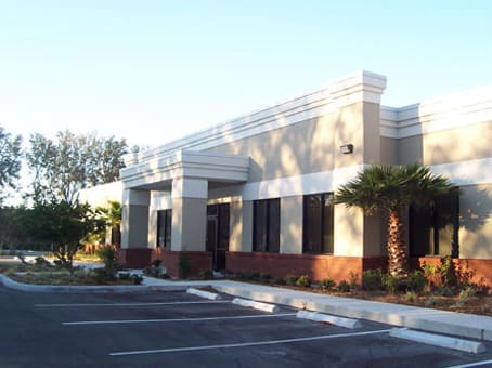 Building at 8270 Woodland Center Blvd in Tampa 1