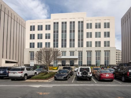 Building at 5960 Fairview Road, Beverly Woods, Suites 300 and 400 in Charlotte 1