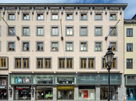 Building at Theatinerstr. 11, 8. Etage in München 1