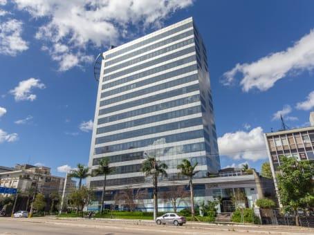 Établissement situé à Av. Carlos Gomes, 700, 8° andar à Porto Alegre 1