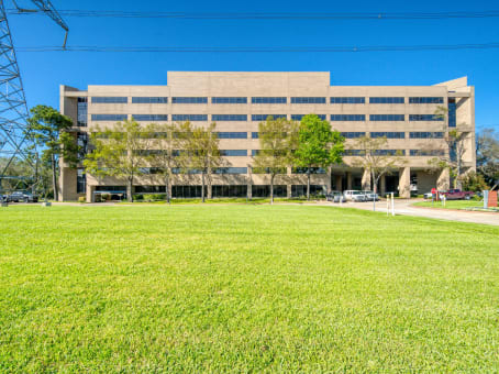 Building at 3663 N. Sam Houston Parkway East, Suite 600 in Houston 1