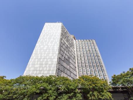 Building at Corso Novara 10, Torre Alta, Ingresso Interno Stazione in Naples 1
