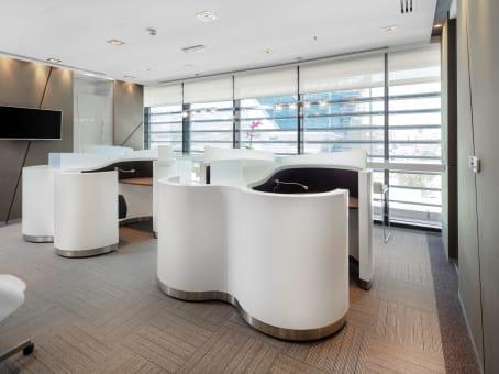Building at 63 Airport Road, 1st Floor, Umm Ghuwailina Zone 27 in Doha 1