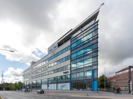 Building at Hatanpään valtatie 24, 1st & 3rd floor in Tampere 1