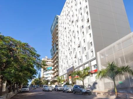Building at Millennium Park Building, 1st Floor, Avenida Vladimir Lenine, 174 in Maputo 1