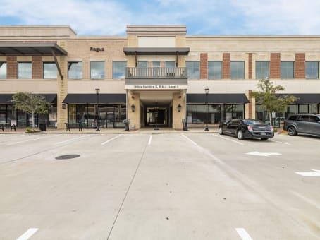 建筑位于Katy2717 Commercial Center Blvd., Suite E200 1