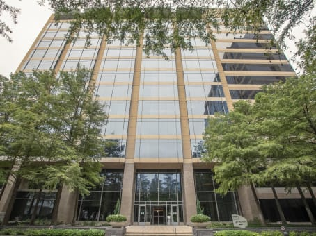 Building at 13727 Noel Road Tower II, Far North Dallas, Suite 200 in Dallas 1