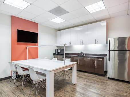 Building at 100 Enterprise Drive, Suite 301 in Rockaway 1