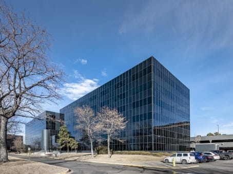 Building at 3190 South Vaughn Way, Suite 550 in Aurora 1