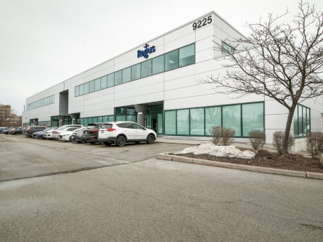Établissement situé à 9225 Leslie Street, Suite 201 à Richmond Hill 1