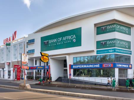 Prédio em Route de Ngor, Les Almadies, 1st Floor SIA Building em Dakar 1