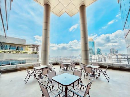 Manila, Eco Tower - Bonifacio Global City