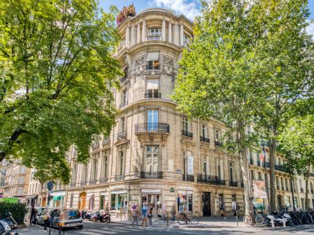 Gebäude in 75 Boulevard Haussmann in Paris 1