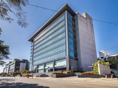 Prédio em Sky Vista, Ground Floor, Next to Eminence IT Park, Airport Road, Viman Nagar em Pune 1