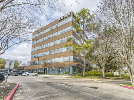 Building at 2500 Wilcrest, Briarforest, Suite 300 in Houston 1
