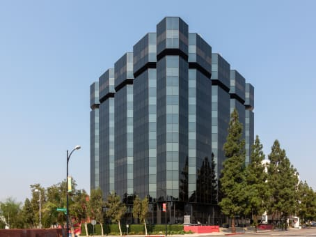 Building at 303 North Glenoaks Blvd., Suite 200 in Burbank 1
