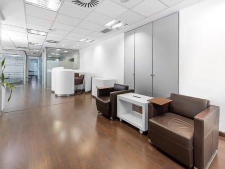 Building at Regus Maria de Molina, 8th floor, Maria de Molina 39 in Madrid 1