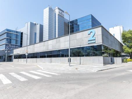 Building at Ribera del Loira 46, Puerta de las Naciones, Campo de las Naciones in Madrid 1