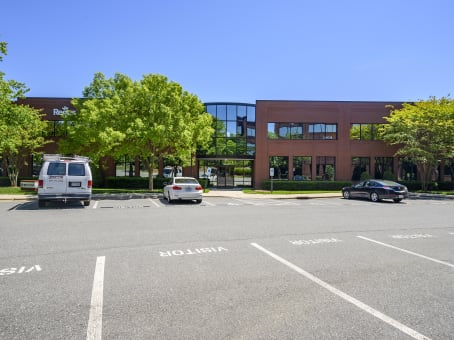 Établissement situé à 9121 Anson Way, North Raleigh, Suite 200 à Raleigh 1