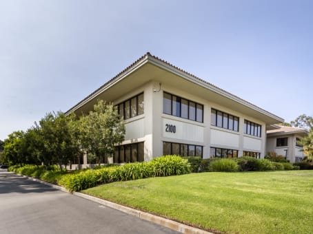Building at 2100 Geng Road, Suite 210 in Palo Alto 1