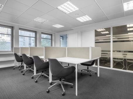 Building at Orense 4, 2nd floor in Madrid 1