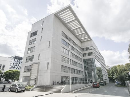 Building at Mergenthaler Allee 15-21, 1st and 2nd floor in Eschborn 1