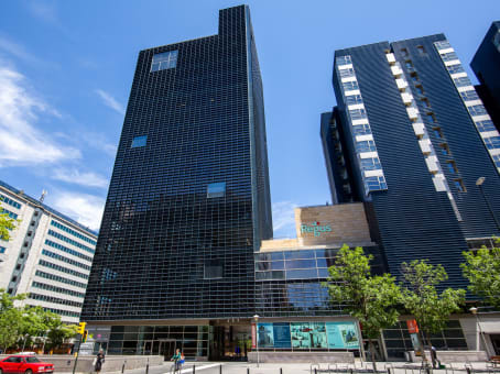 Building at Avenida Juan Pablo II 35, Torre Aragonia, Planta 3 in Zaragoza 1