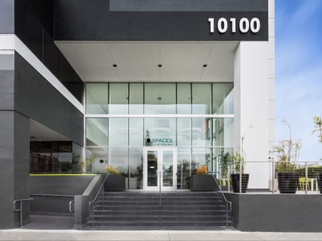 Building at 10100 Venice Blvd in Culver City 1